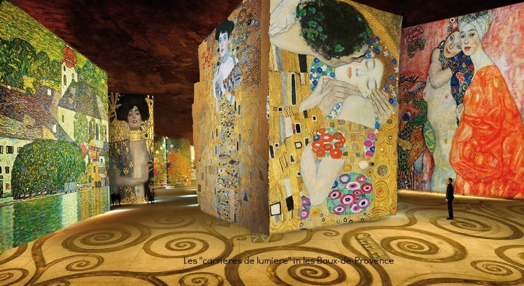 Displayed in an ancient quarry, this stunning art experience is a mix a music and paintings. A must see near Avignon.