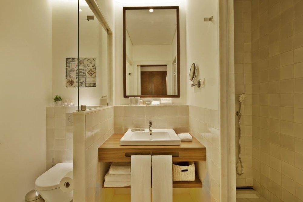 Corpo Santo Bath room.jpg