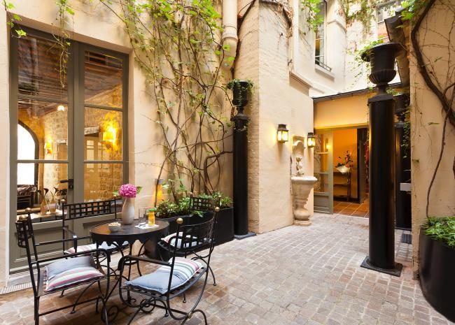 Hotel Fontaines du Luxembourg - Courtyard