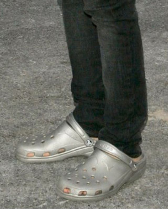 Guess the celeb wearing crocs!!! You'll never believe which celebs wear crocs!!!