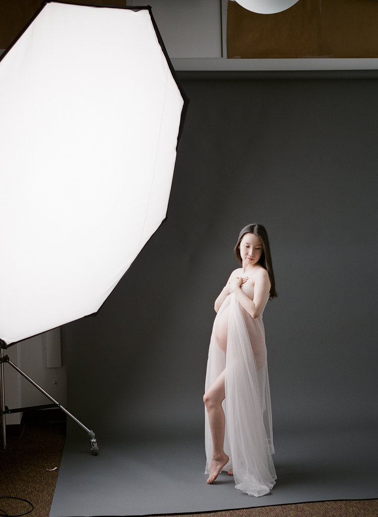 how to use strobes and flash by lighting coach Sandra Coan