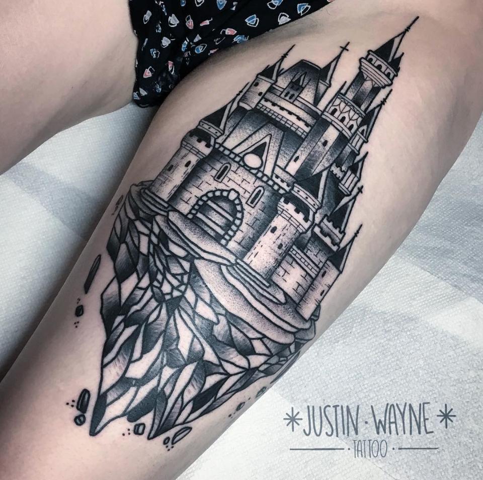 blackwork tattoo.png