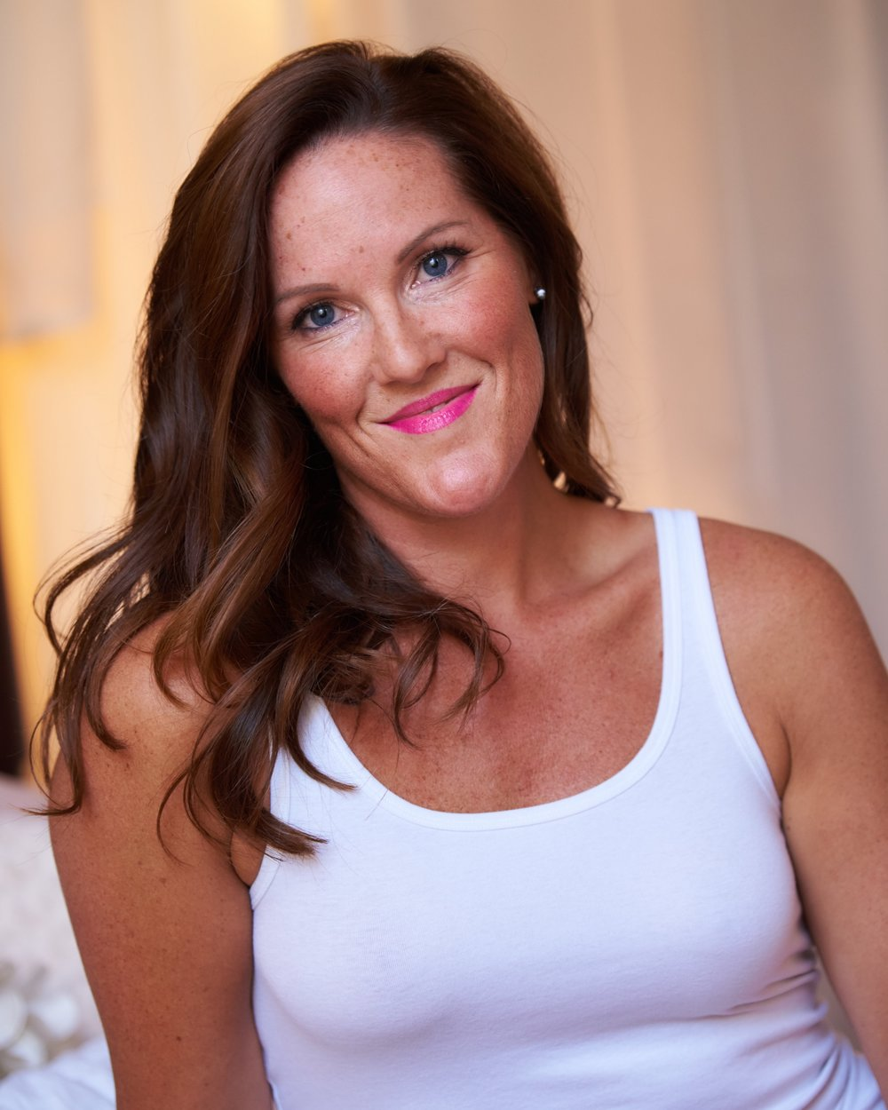 "Heather   ""I have used Aglow Tanning for special events and every time, I LOVE the results. I drive from NH to the studio and it's so worth it. The staff is so professional, makes you feel very comfortable, and does an amazing job every time! I love that my tan looks so natural and isn't streaky. I don't end up with orange hands and feet, but instead a gorgeous glow! In the winter when I use Aglow, people are always complimenting my tan and asking if I've been on vacation. Such a GREAT spot and a must try!"" We are so honored to be your go-to spray tan studio, Heather!"
