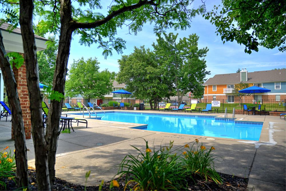 <p><strong>Amenities</strong>Explore Mad River's Resort Style Amenities<i>More →</i></p>