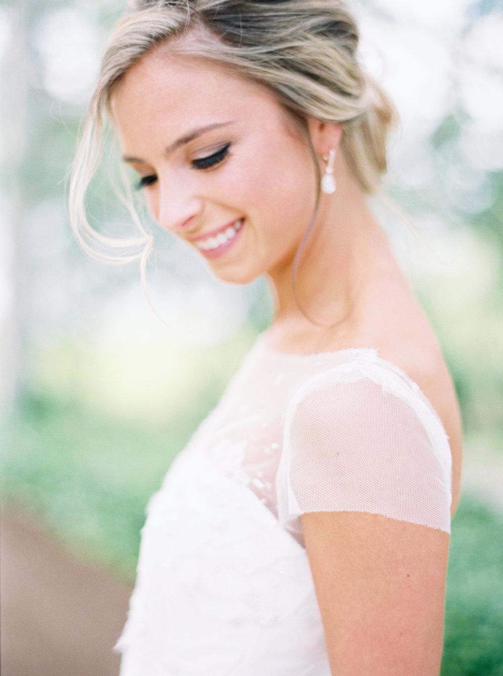 jenna-mcelroy-bridal-portraits-a-southern-tradition-5
