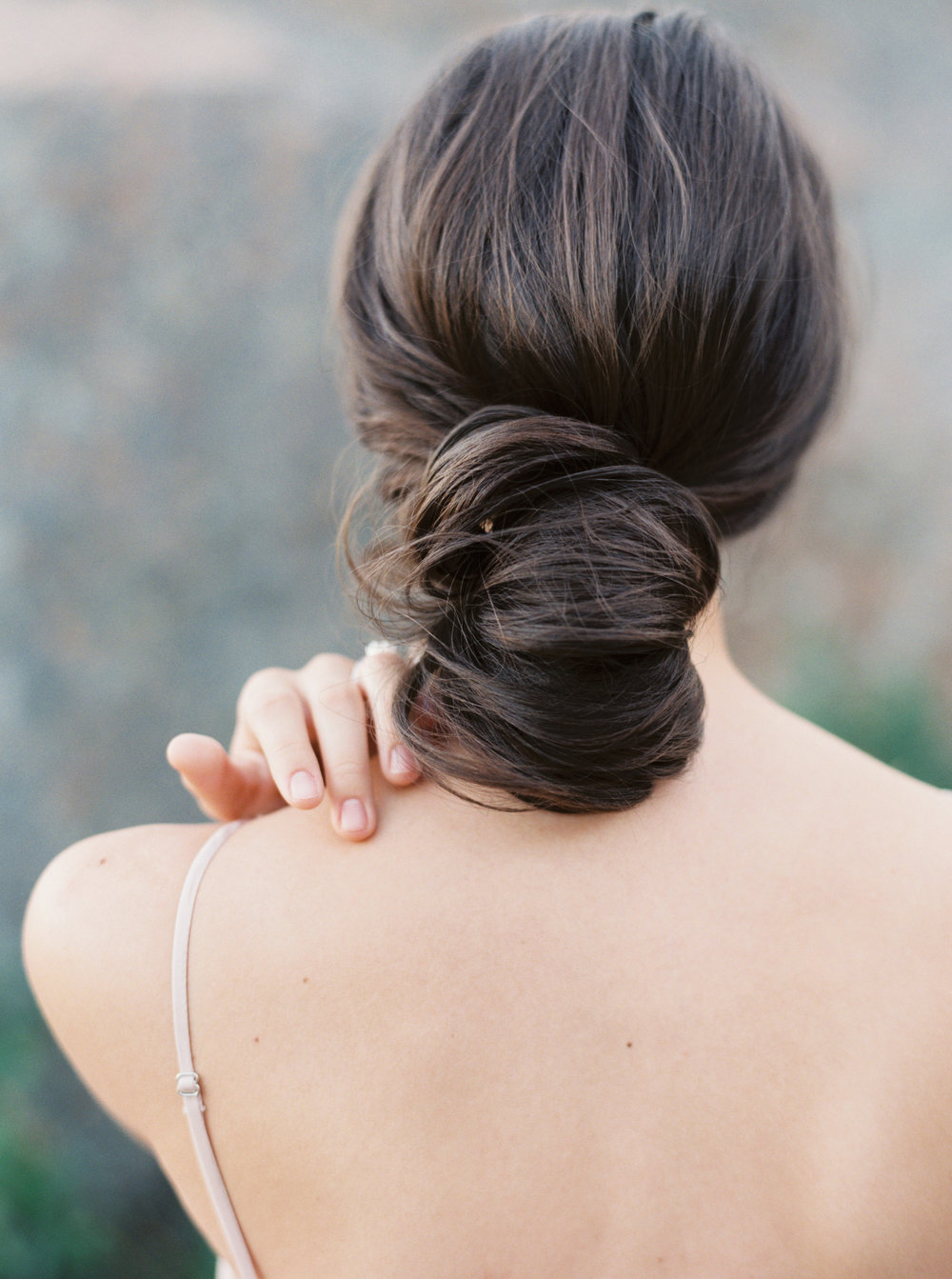 8 stunning bridal up-do hairstyles-1.jpg