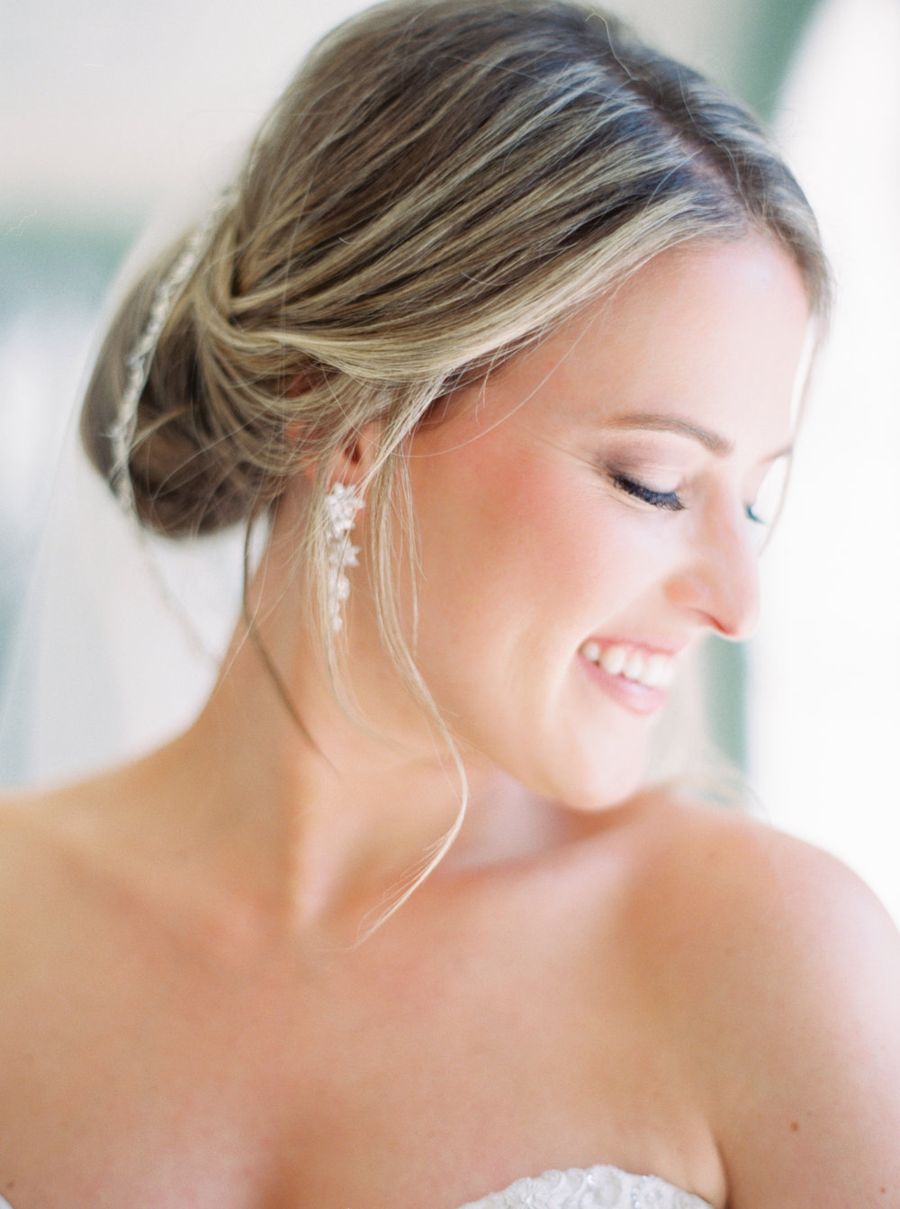 8 stunning bridal up-do hairstyles-5.jpg