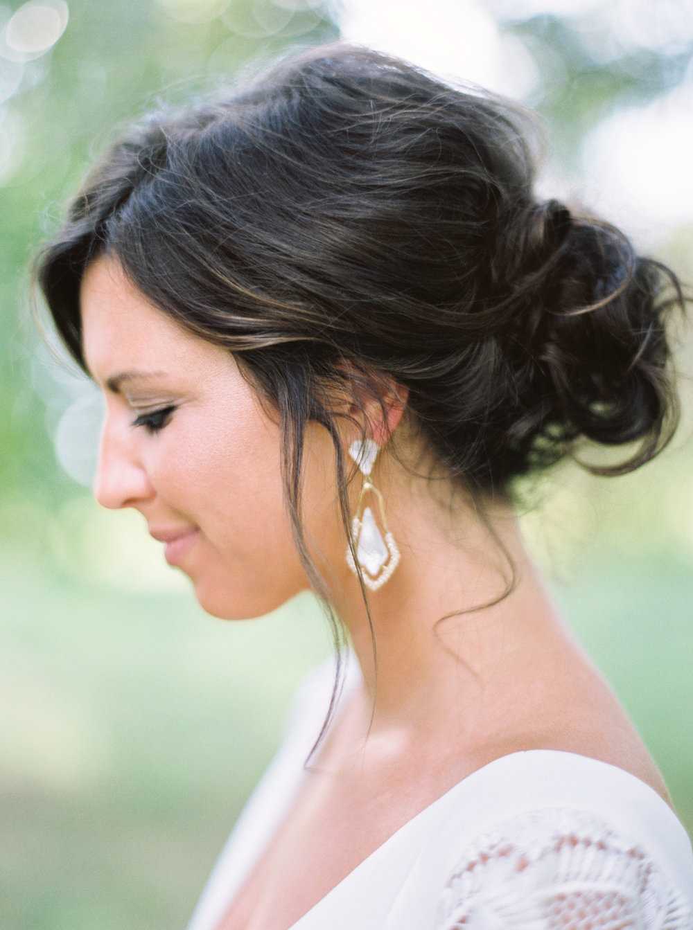8 stunning bridal up-do hairstyles-6.jpg