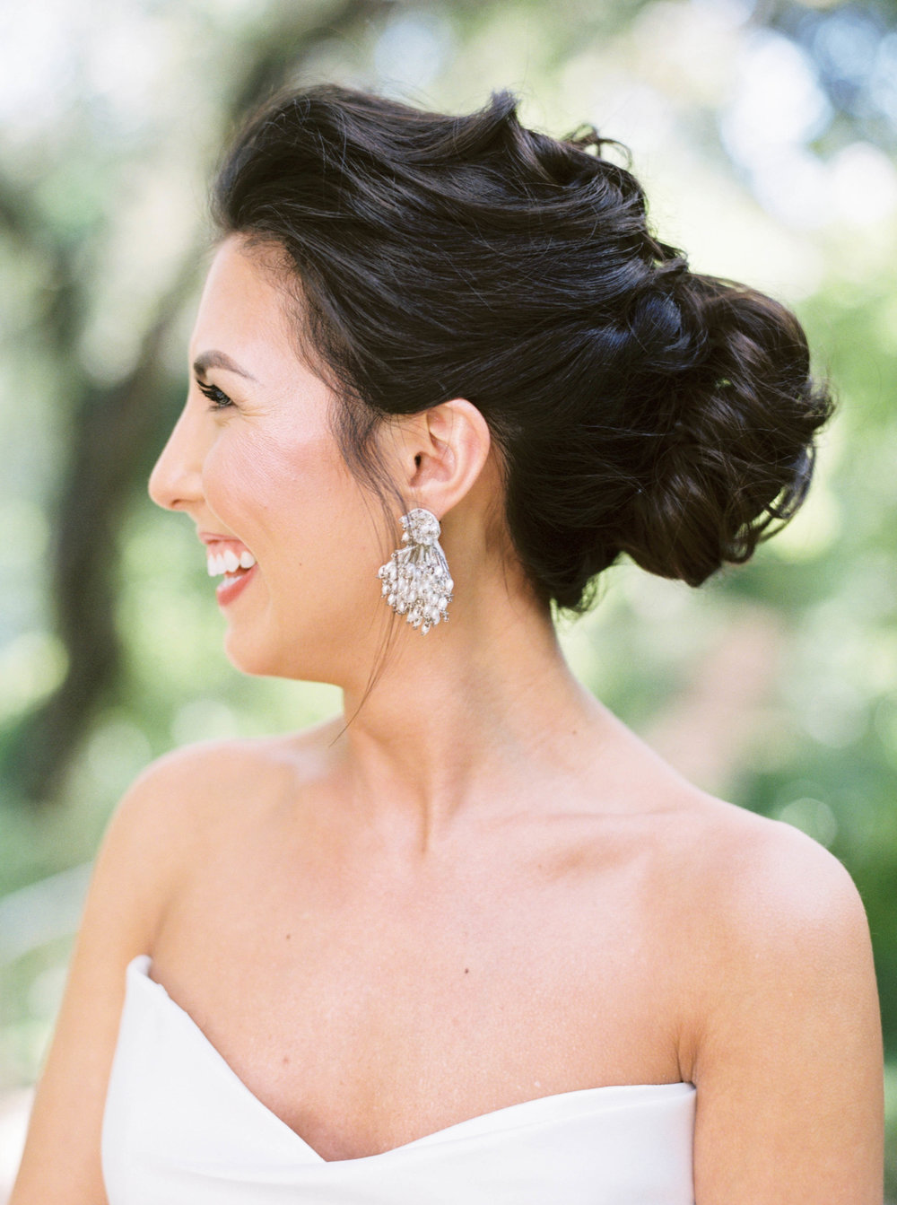 8 stunning bridal up-do hairstyles-3.jpg
