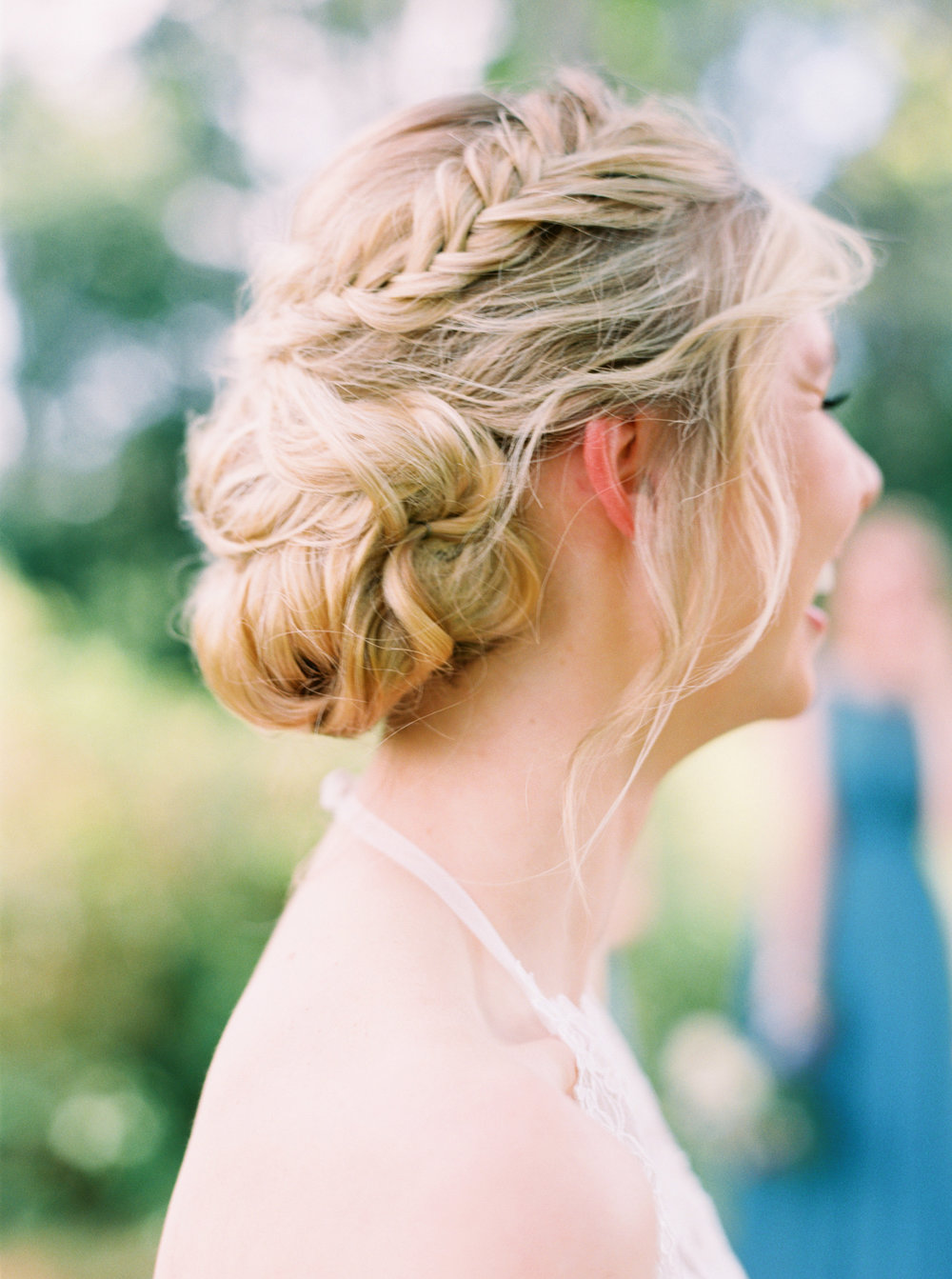 8 stunning bridal up-do hairstyles-8.jpg