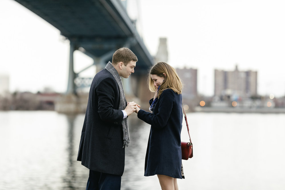 philadelphia_proposal_engagement_race street pier_km_05.JPG