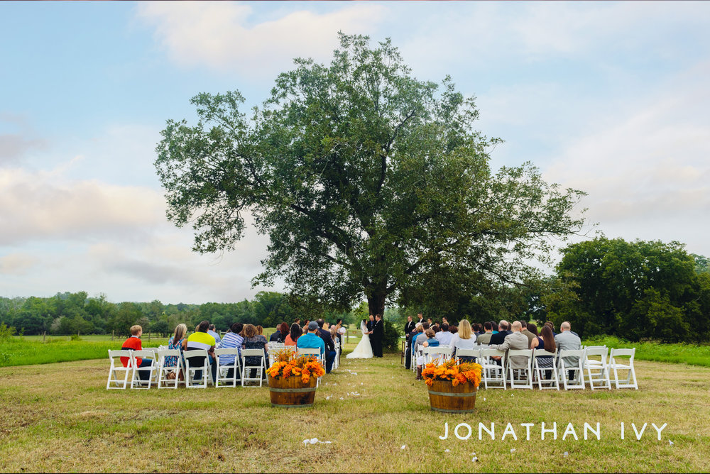 Prairie Weddings Ceremony Jonathan Ivy.jpg