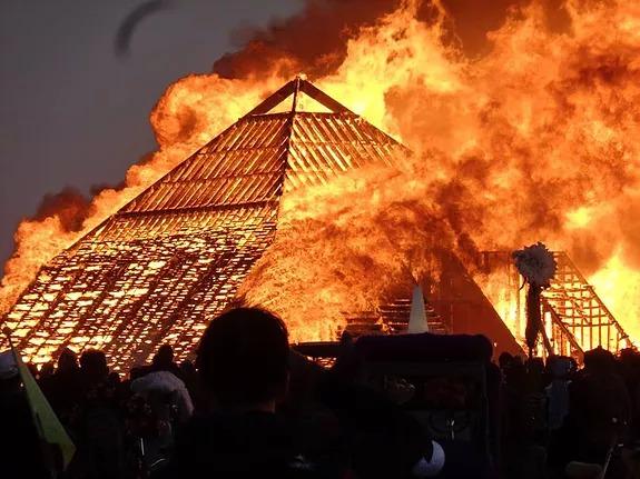 The temple burning. Photo credit: Alex Leach