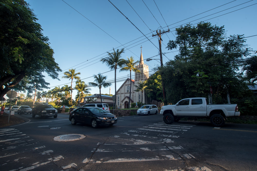 The crowded intersection near the author's place of residence