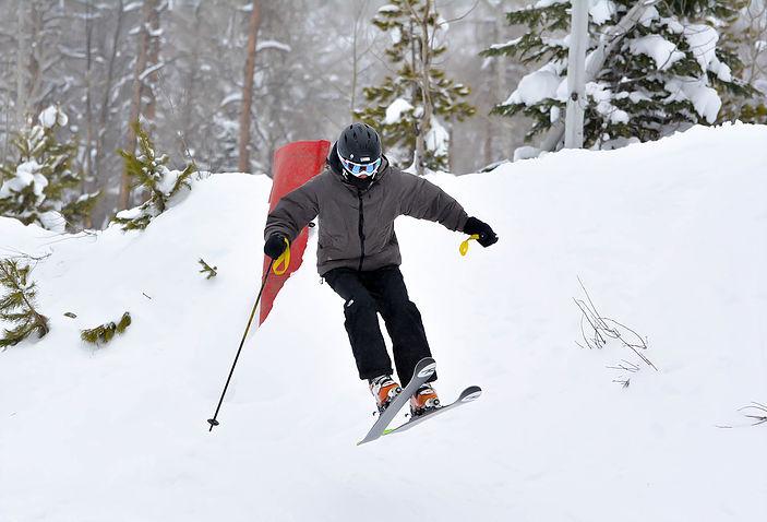 skiingwell1.jpg