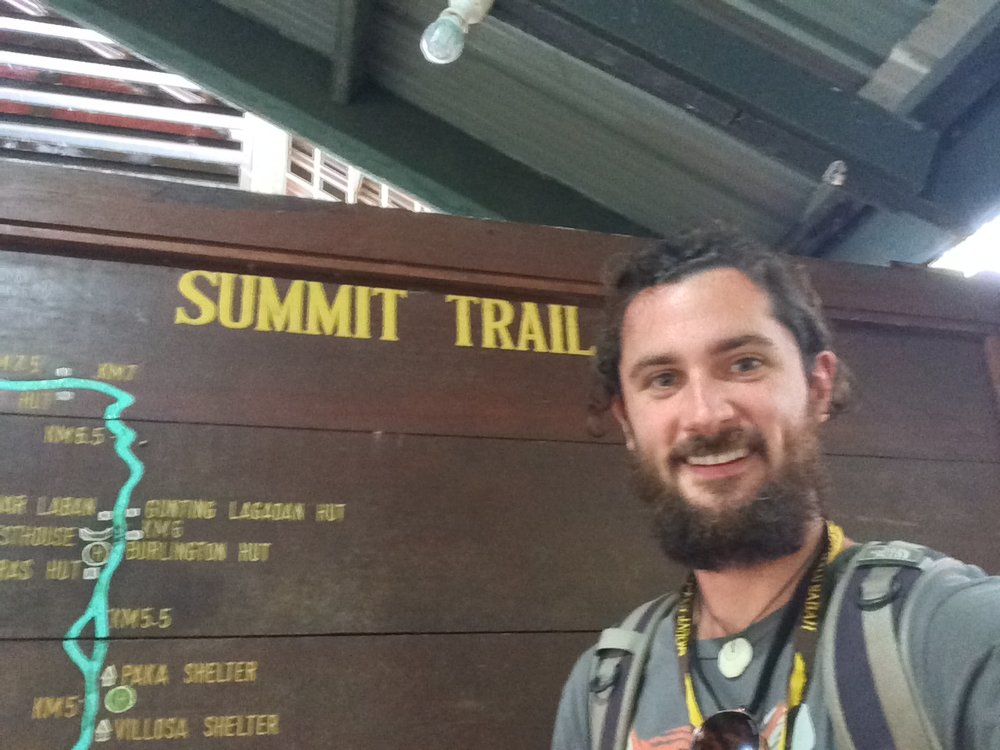 Your correspondent, at the trailhead