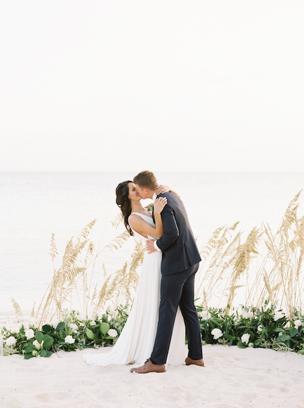 editssimplysarah_photography_the_cove_eleuthera_WEDDING-119.jpg
