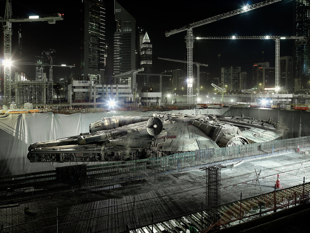 19 Dark_Lens_Origins_DUBAI_Falcon's_Hidding_Place.2009.jpg