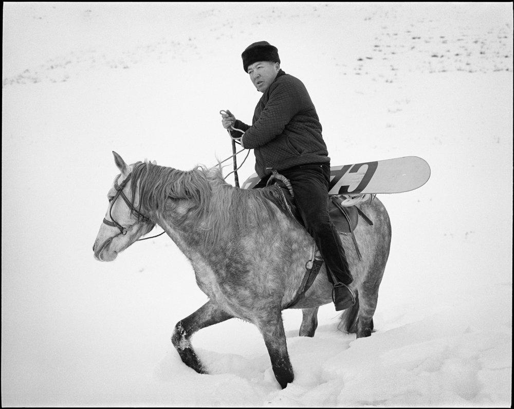 P67_400triX_184_Kyrgyz_farmer_hiking_with_us_HD.jpg