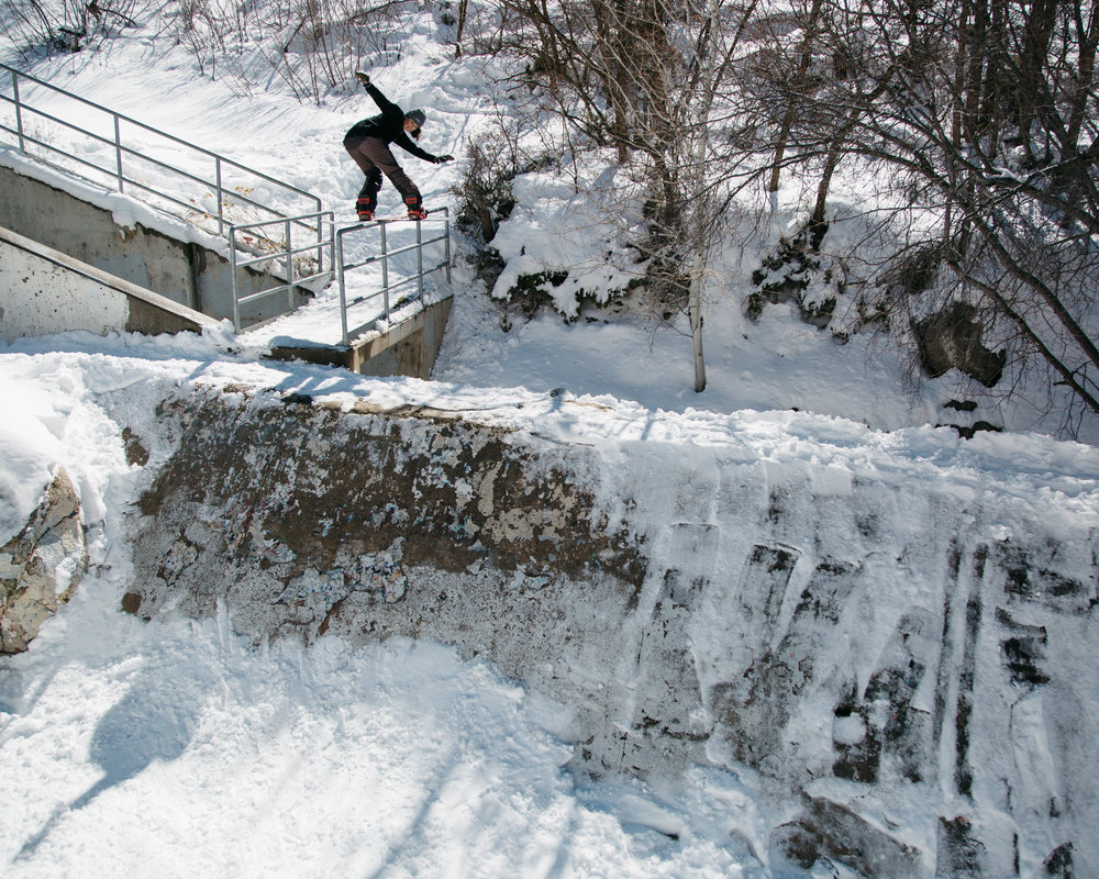 Jill_FS_bluntslide_Rail_to_Bank_Jordan_Morse_photo.jpg