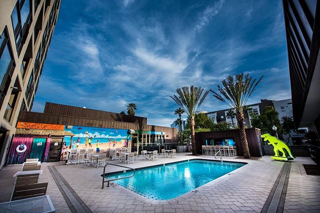 Stay with us over Memorial Day Weekend and take advantage of our special rate of $149 a night, plus a $25 F&B credit to MATCH Restaurant & Lounge, and NO RESORT FEE. Plus, you'll get access to our Luau Pool Party! See bio to book this amazing rate. #memorialdayweekend #2018 #poolparty #luau #stay #sleep #party #repeat #foundre #foundrephx #foundrehotel #hotel #phoenix #downtown #myphx #dtphx #arizona