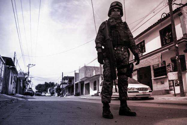 De gangene volden eskalerte ut av kontroll, ble militære styrker satt inn.