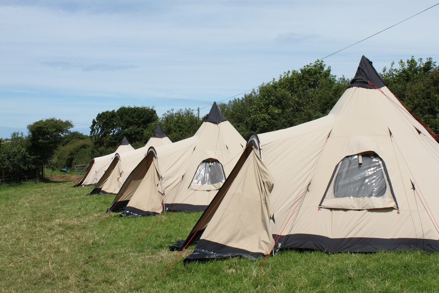 Coastal camping for stag and hen parties. Weekend activities camp site