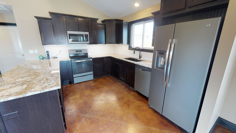 MGV - Clubhouse Kitchen.jpg