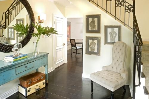Susan's entryway