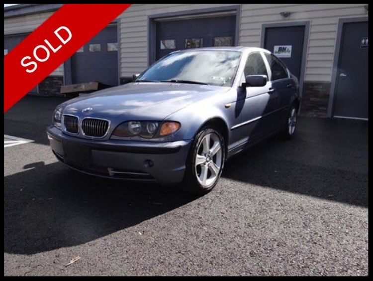 SOLD - 2004 BMW 330xiSteel Grey Metallic on GreyVIN: WBAEW53474PG11401