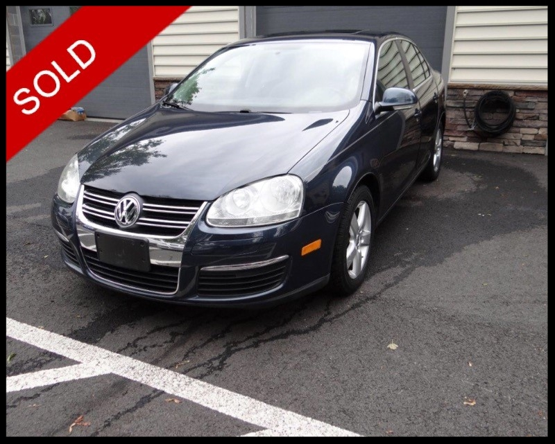 SOLD - 2009 VW Jetta SE 2.5LBlue Graphite Metallic on GreyVIN: 3VWRZ71K89M152685