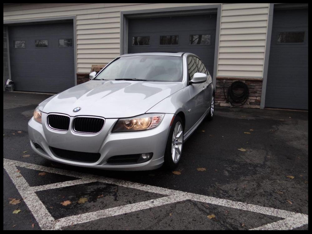 $5,700 - Make: BMWModel: 328iMileage: 171,234 miExterior Color: Titanium SilverInterior Color: BlackTransmission: 6-SpeedEngine: 3.0 LDrivetrain: RWDVIN: WBAPH77539NL85696