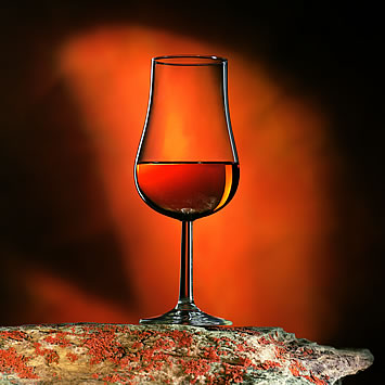 monnet_cognac_glass