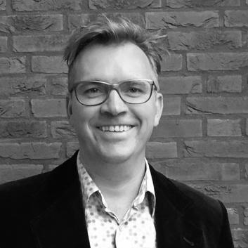 ROB VAN DOGGENAAR     Secretaris   Rob heeft een eigen bedrijf in projectmanagement, coaching & training. Hij heeft voor talloze opdrachtgevers gewerkt zoals Utrecht 2015, Theaterfestival Oerol, het Café Theater Festival, de HKU en Vrede van Utrecht.    Meer over Rob >>