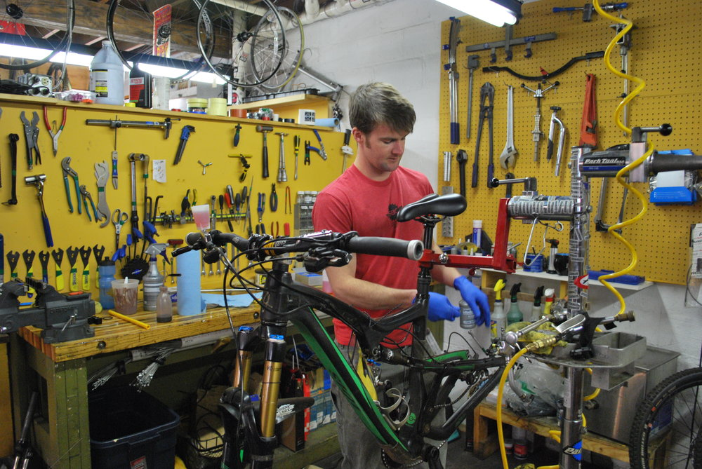 "Offering 24 Hour Repairs!   ""Great technical help, friendly service, fast turnaround and awesome community involvement!"" - David   About Bicycle Repairs"