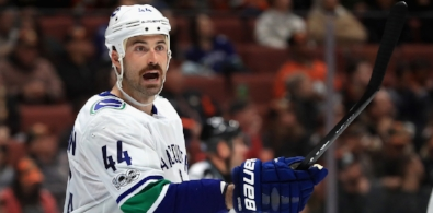 CANUCKS PREFER TO RE-SIGN GUDBRANSON? -