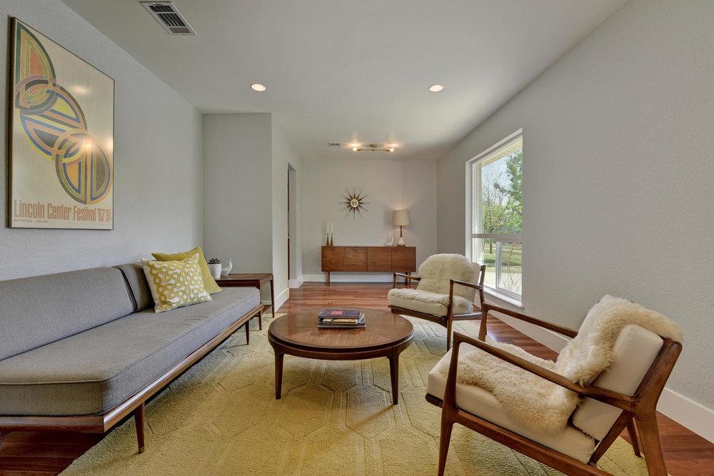 6910 Drexel Dr-large-007-31-FoyerDiningLiving Room-1500x1000-72dpi.jpg