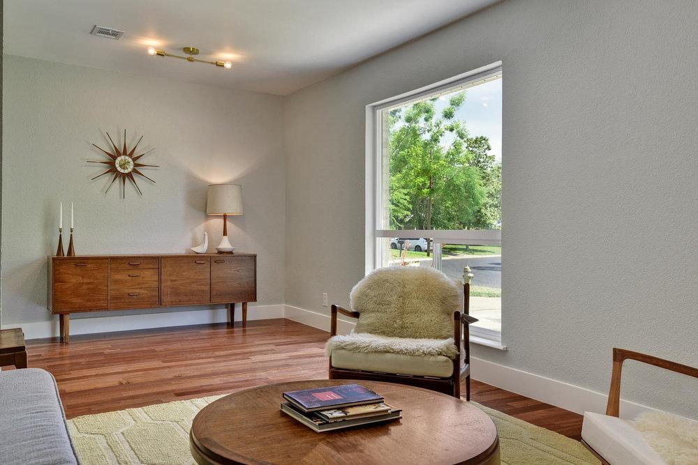 6910 Drexel Dr-large-009-41-FoyerDiningLiving Room-1500x1000-72dpi.jpg