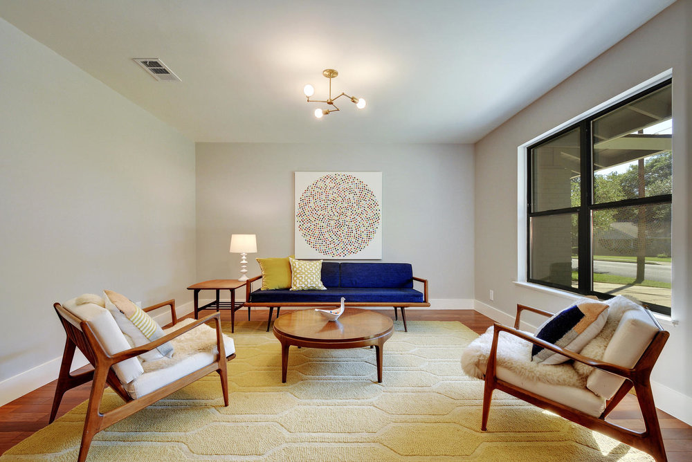 4902 Pack Saddle Pass-large-012-Family Room-1498x1000-72dpi.jpg