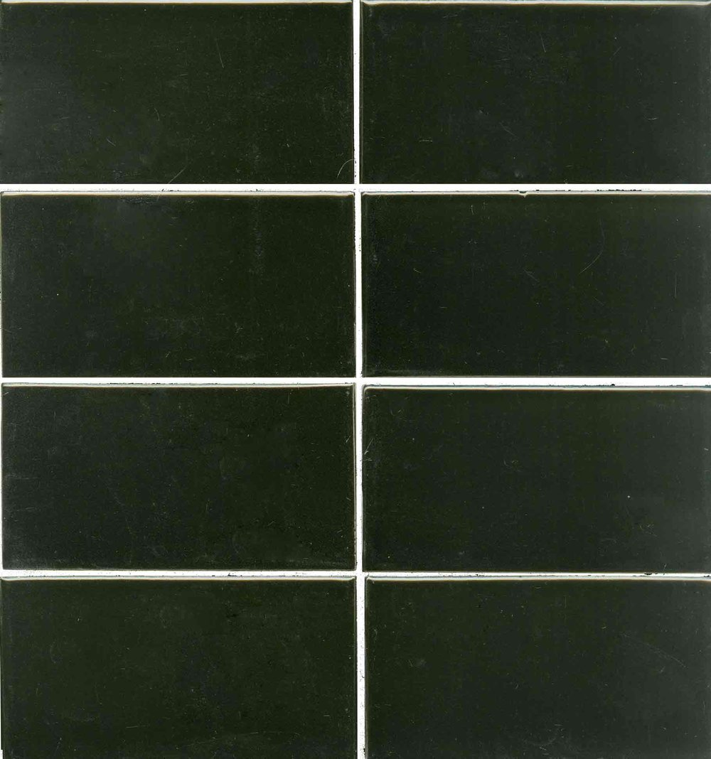 ME951 Black Gloss