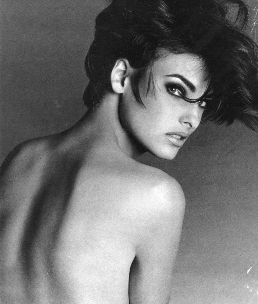 THE ORIGINAL – LINDA EVANGELISTA BY FRANCESCO SCAVULLO
