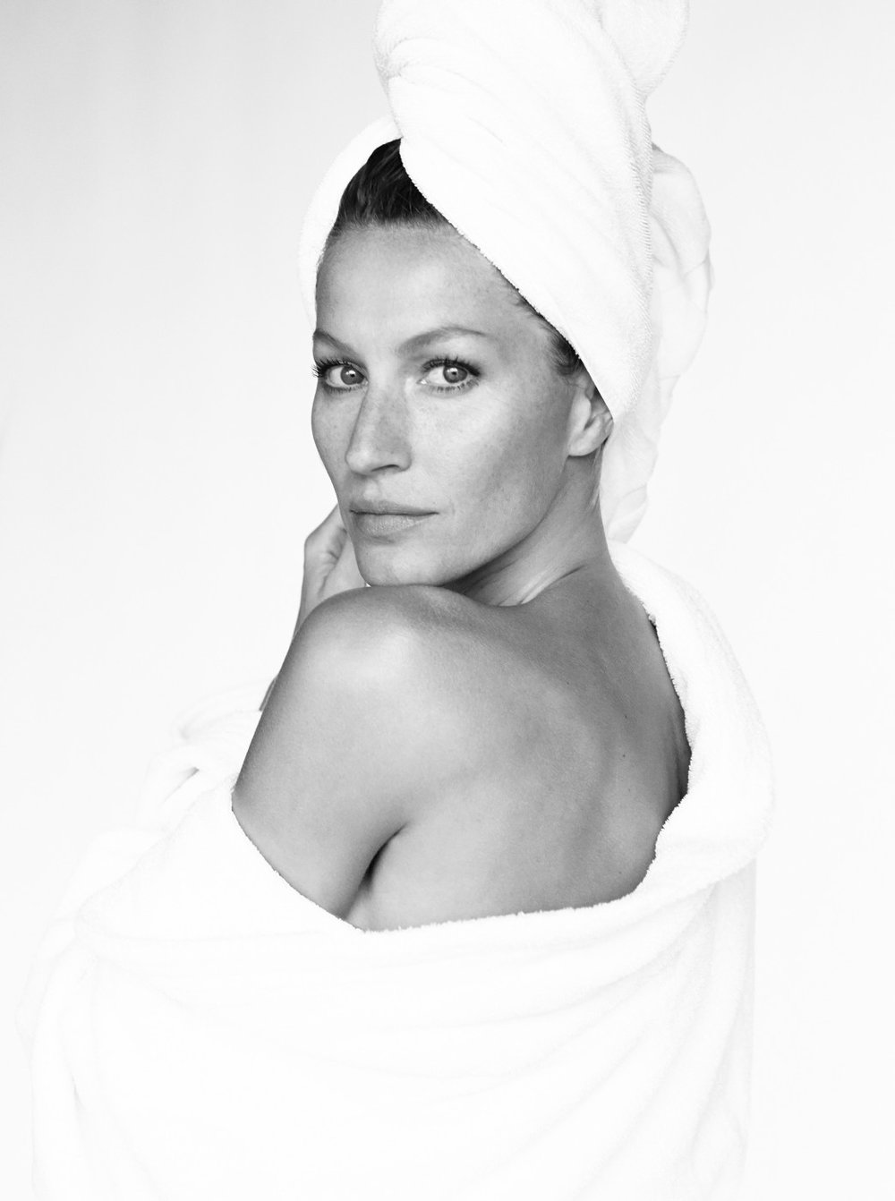 THE ORIGINAL – GISELE BÜNDCHEN BY MARIO TESTINO