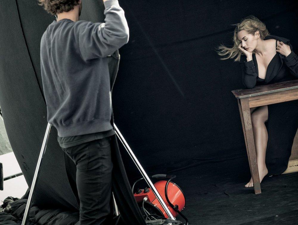 KATE WINSLET ON PETER LINDBERGH'S SET: IMAGE COURTESY PIRELLI