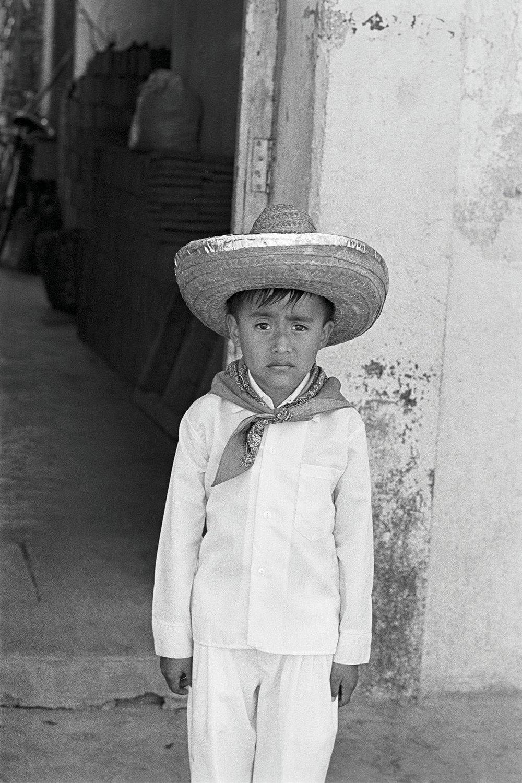 66_MEXICO_SOMBRERO_1_P_12x18.jpg