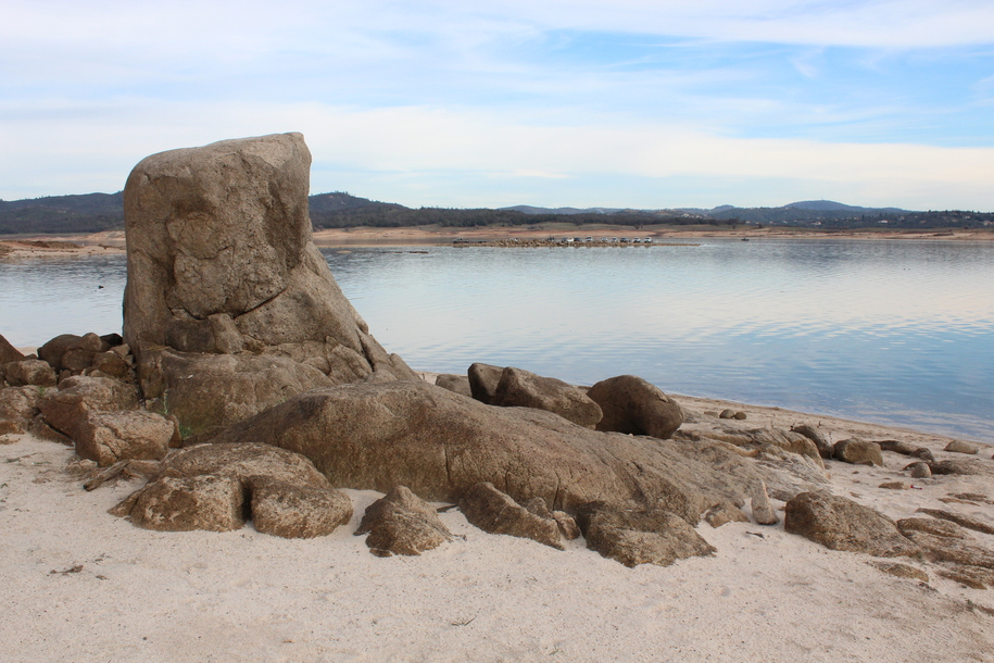 This decomposing granite rock formation that I photographed over a week ago is now under water at Folsom Lake. Photo by Dan Bacher.