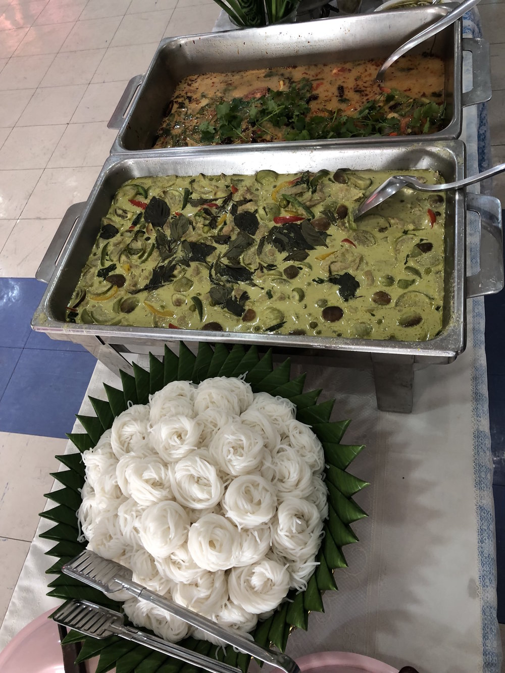The school served us delicious green curry and tom yum for lunch!