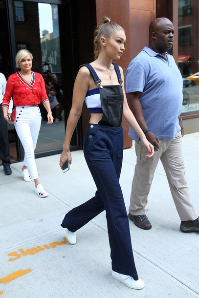 59tbzr-l-610x610--bandeau-jeans-overalls-tommy+hilfiger-sneakers-gigi+hadid-streetstyle-ny+fashion+week+2016-jumpsuit.jpg