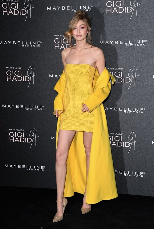 Gigi-Hadid-Yellow-Ralph-Lauren-Dress.jpg