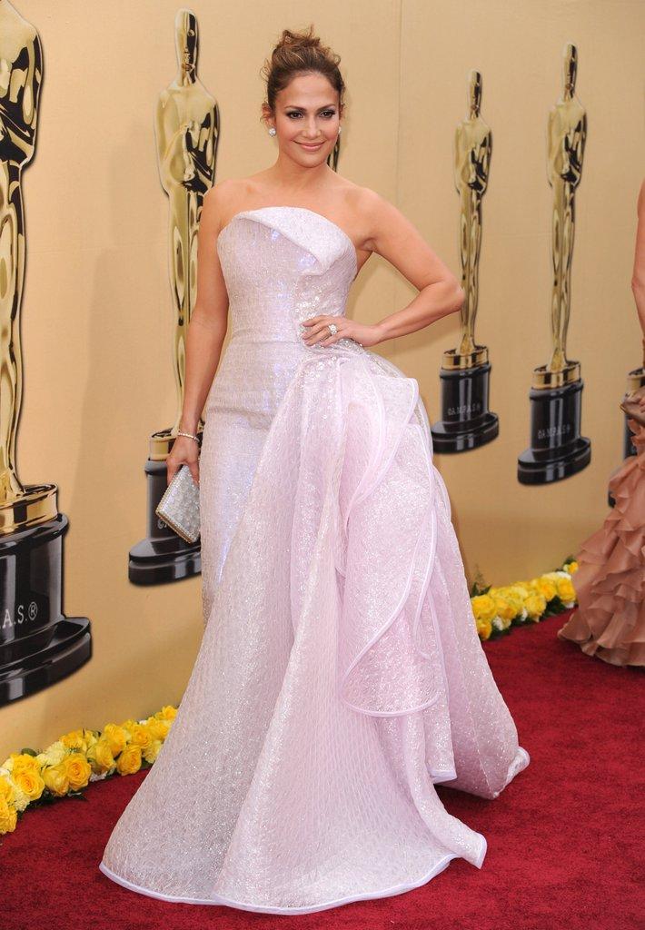 JLo Oscars 2010 Outfit.jpg