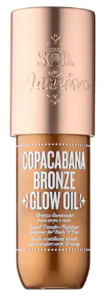 This shimmery liquid body bronzer gives you that sun-kissed J.Lo glow. Looks so gorge on your tanned legs and arms for that extra oomph.